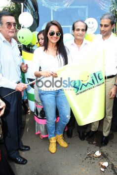 Sonakshi Sinha launching moment of Smile on Wheels Events