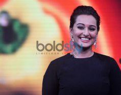 Sonakshi Sinha smiling at Junior MasterChef sets