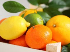 Tips to Cut Calorie Intake On Diwali Citrus Fruits