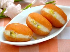 Tips to Cut Calorie Intake On Diwali Low Cal Sweets