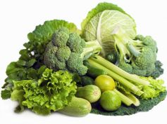 Treat Hernia With Home Remedies Green veggies