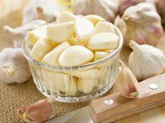 Add Garlic In Food