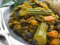 Bengali Style Mixed Vegetable Curry