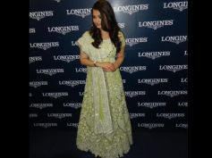 Best Looks Of Gorgeous Aishwarya Rai Green Anarkali Gown