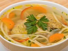Chicken Noodles and Vegetables Soup