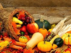 Decorate Home For Thanksgiving Cornucopia