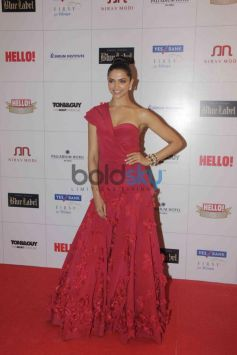 Deepika Padukone at Hello Awards 2013