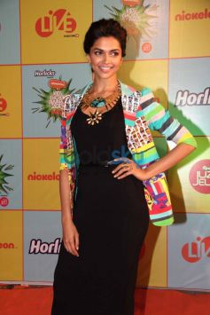 Deepika Padukone at Nickelodeon Kids choice Awards