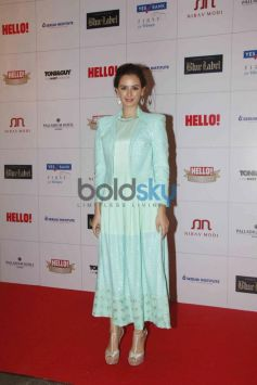 Evelyn Sharma at Hello Awards 2013