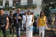Kangana Ranaut at Enterance at Mahalaxmi Race Course