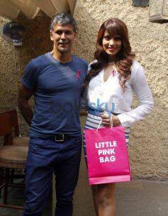 Milind Soman and Bipasha Basu at Pinkathon Event