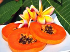 Papaya Foods To Fight Stomach Bloating