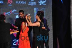 Prachi Desai honor with crown to Swapnila Gupta
