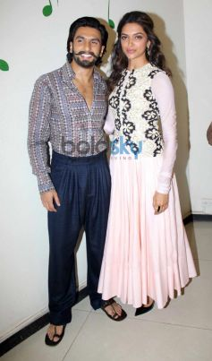 Ranvir Singh and Deepika Padukone at film Promotion
