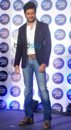 Riteish Deshmukh at Refresh your Love campaign