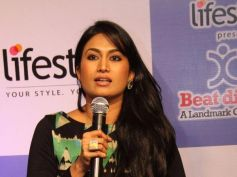 Sandalwood Actress Shwetha Srivastav Speaking to media at Event