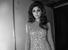 Shilpa Shetty in Beautiful Outfit