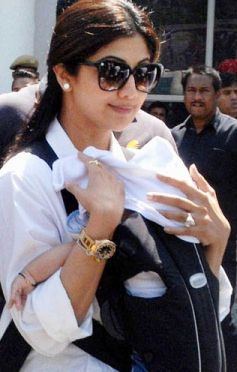 Shilpa Shetty with son snapped in public
