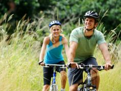 Ways To Flatten Your Belly Cycling Helps