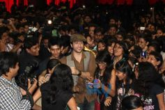 Adhyayan Suman with students at Inauguration of Taarangan Fest 2013
