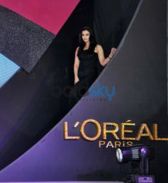 Aishwarya Rai entrance during launch Kajal Magique