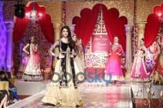Alia Bhatt shines at KHWAB 2013
