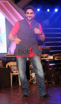 Arshad Warsi during Mulund Carnival Festival 2013