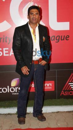 Celebs at CCL Inaguration Red Carpet 2014