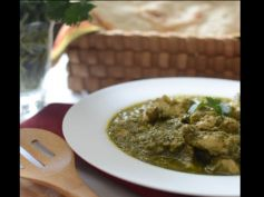 Chicken In Coriander Gravy