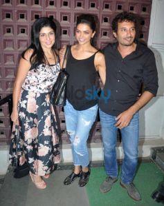 Deepika padukone at Shiamak Davar Dance Show