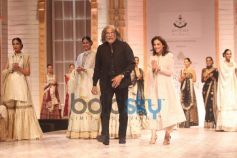 IBFW 2013 Meera Muzaffar Ali on Ramp