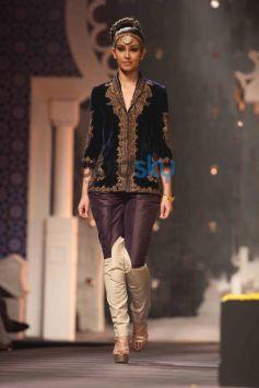 IBFW 2013 Raghavendra Rathore Show