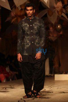 IBFW 2013 Rohit Bal Show