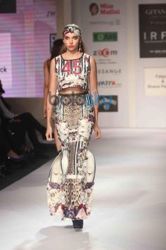 IRFW 2013 Final Day Falguni and Shane Peacock Show