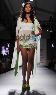 IRFW 2013 Jaya Mishra Show