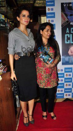 Kangana Ranaut with Vibha Singh at book launch