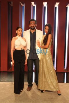 Aditi Rao Hydari with Atul Kasbekar and  LisaKingfisher Supermodels Grande Finale