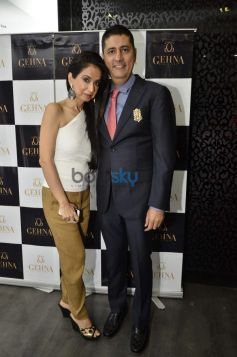 Kiran and Sunil Datwani during Gehna Jewellers 2014 Event
