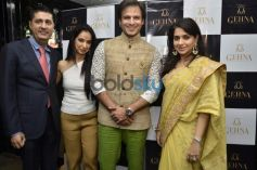 L R Sunil Datwani, Kiran  Datwani, Vivek Oberoi and Shain NC during Gehna Jewellers 2014 Event