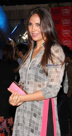 Lara Dutta during launch of the store Bandra 190
