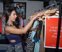 Malaika Arora check out clothes during Launch Closet Label In Style