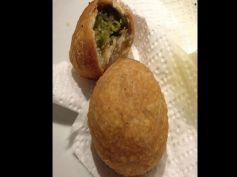 Matar Ki Kachori Recipe For Breakfast