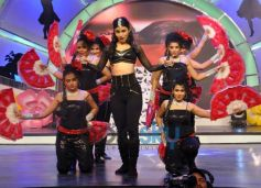 Mouni Roy dance show NDTV Our Girl Our Pride Campaign