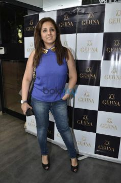 Munisha Khatwani during Gehna Jewellers 2014 Event
