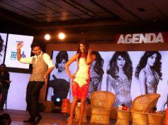 Priyanka Chopra dance at the Agenda Aaj Tak program