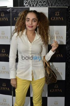 Rakhi Vijan during Gehna Jewellers 2014 Event