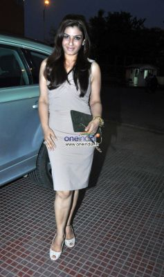 Raveena Tandon during Save Electricity kids competition
