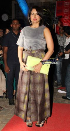 Sameera Reddy during launch of the store Bandra 190