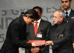 Shahrukh Khan honoured by Indian President