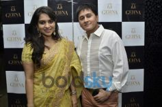 Shaina NC with Sameer Seth during Gehna Jewellers 2014 Event